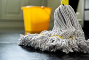 Tips-for-a-squeaky-clean-bathroom